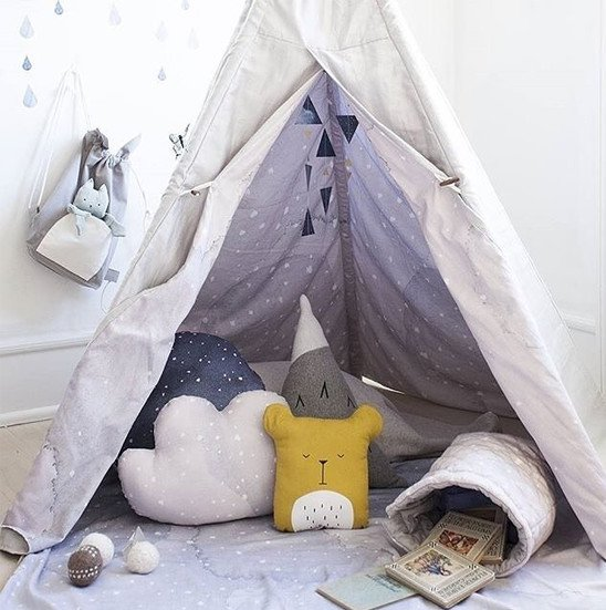 Dreamy teepee in kid playroom